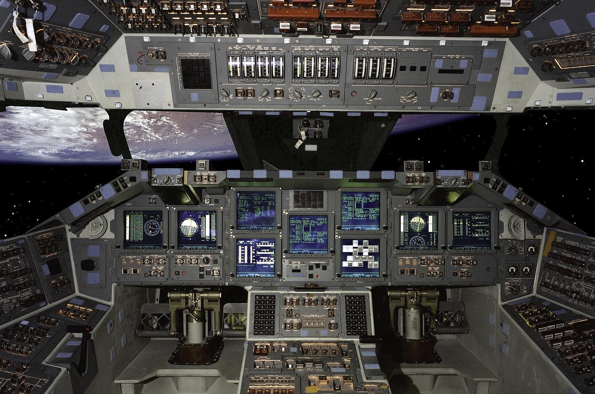shuttle-642404_1920.jpg