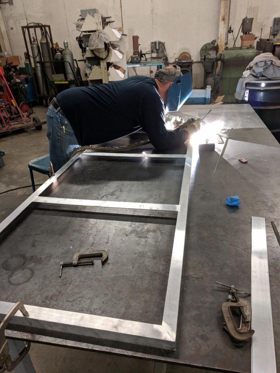 weldingframe.jpg