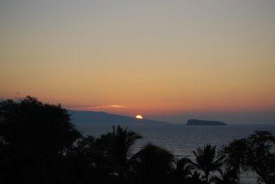 makena sunset.JPG