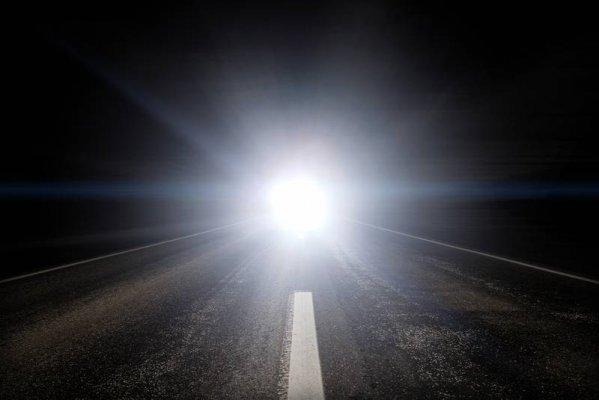 TEL-web-blinding-headlights_large.jpg